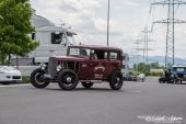 04Ford_Hot_Rod_Moonshiners003.jpg